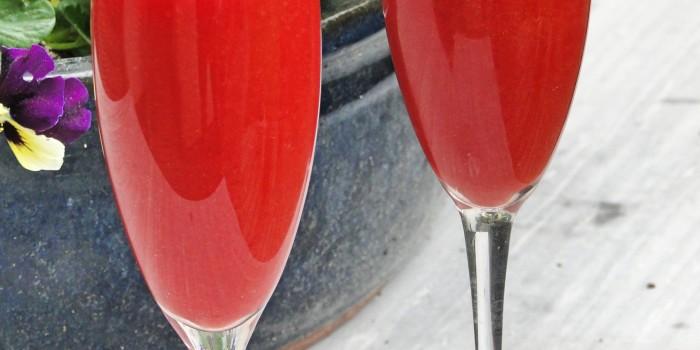 Koktajl truskawkowy z cydrem