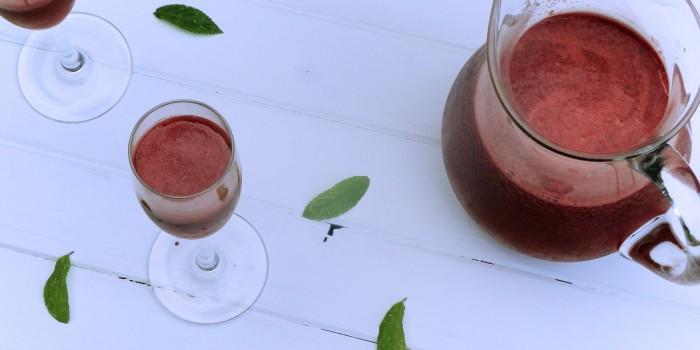 Koktajl arbuzowy z białym winem